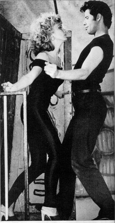 travolta & olivia dance pic